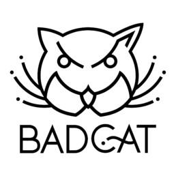 Grafische Illustration/Logo, Darstellung eines Kopfs einer Katze und des Schriftzuges Bad Cat